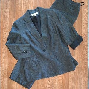 Jones NY Suit Blazer & Pants